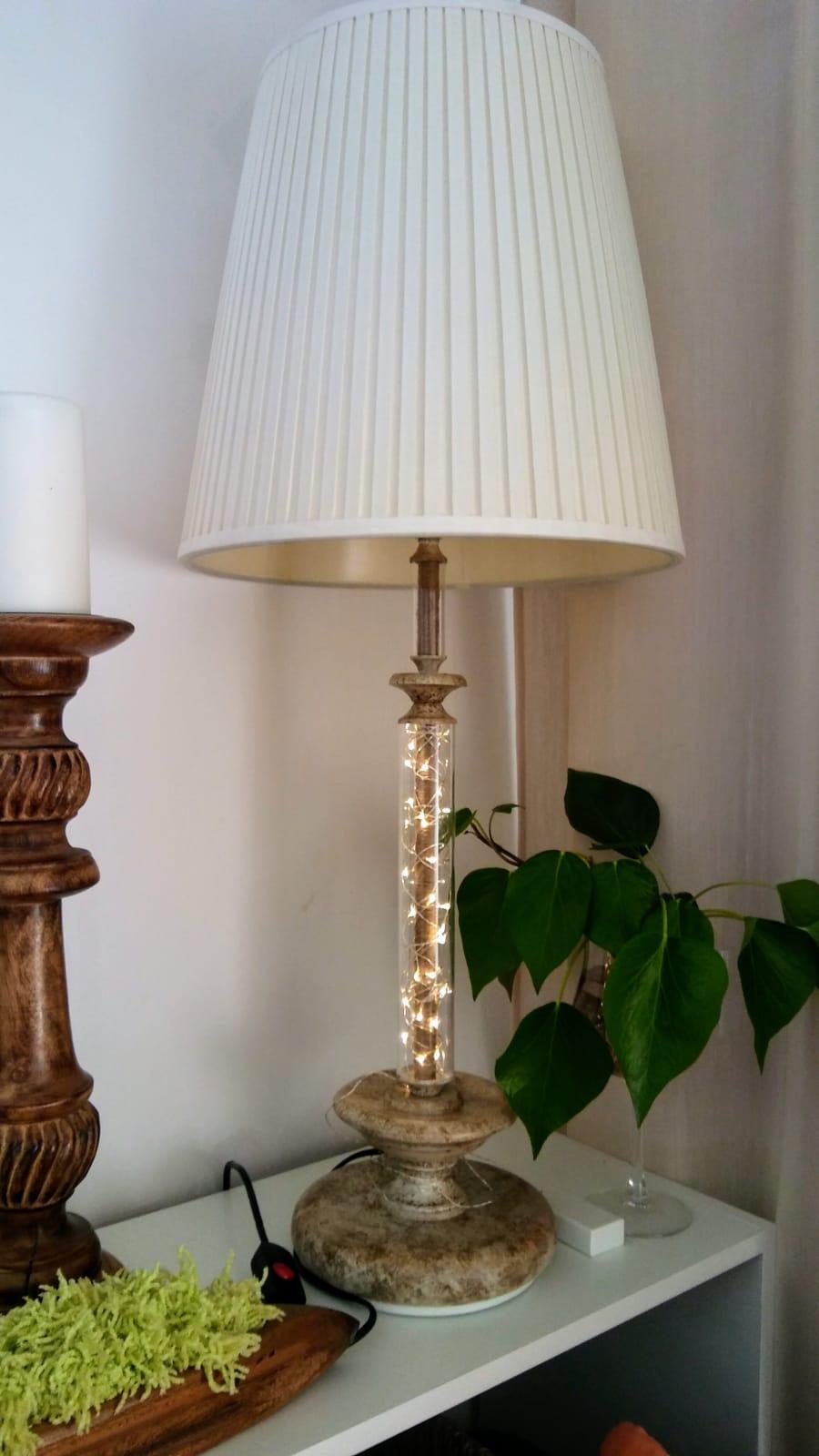 lámpara-sobremesa-doble-iluminación