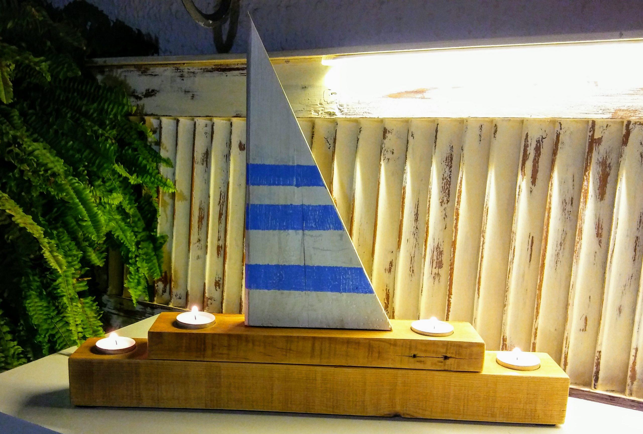 Candelabro barco madera reciclada