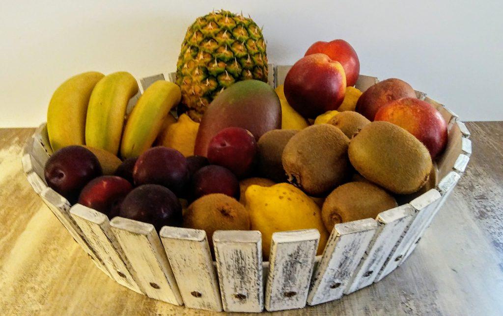 Frutero redondo hecho de materiales reciclados
