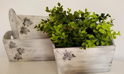 porta-macetas-hecho-madera-reciclada